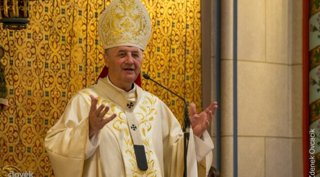Pozdrav arcibiskupa Jana prarodičům a starým lidem